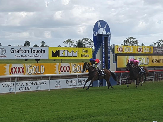 Snitz Brings Up 4 In A Row In Taking Out The NRRA Grafton Championship Qaulifier