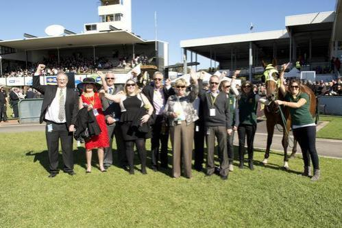 2014 Warrnambool May Racing Carnival just seven weeks away