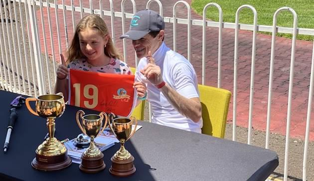 Williams meets fans at Caulfield