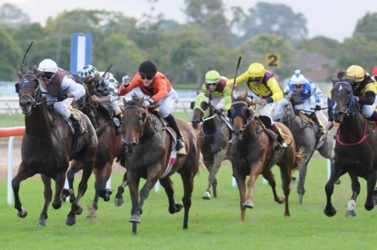 Slipstreams runs class record at Grafton