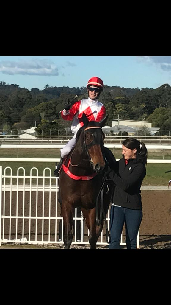Tight finish for Kyogle Son in Devonport on Sunday