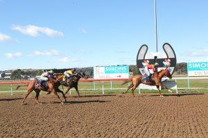 Race 4 Thoroughbred Award Dinner 7th Sept Class 2 Hcp (1350 METRES)  19/08