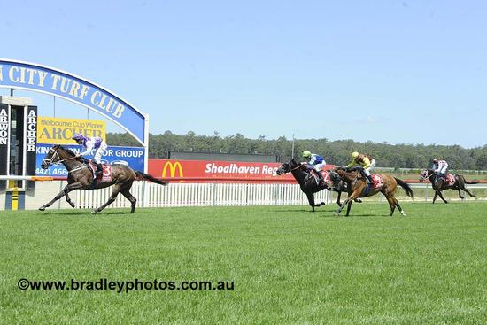 Tuscan Reign Wins at Nowra