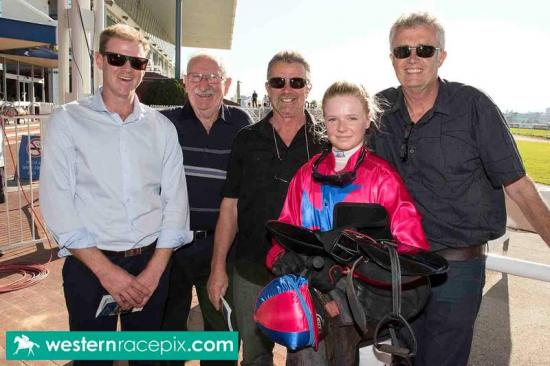 Novadarl's win the perfect start for Harvey Racing partnership