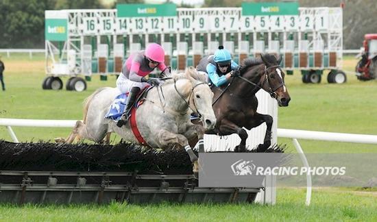 Kuridala jumps to maiden hurdle victory