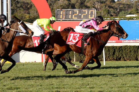 I Boogi sweeps home for historic win