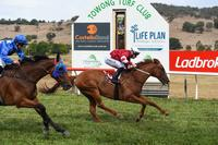 Dale delivers at Towong | The Border Mail