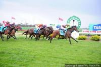 Well Sighted wins Warracknabeel BM64 1006m