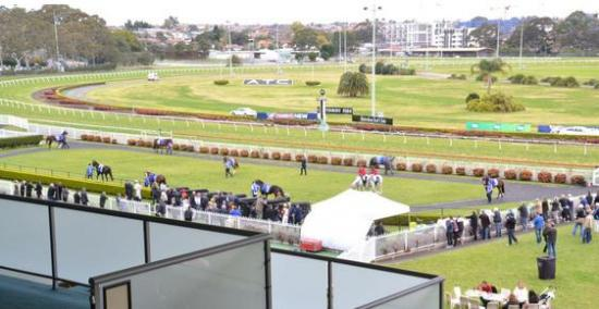 Lane Accepts With 2 Runners For Wednesday's Canterbury Meeting
