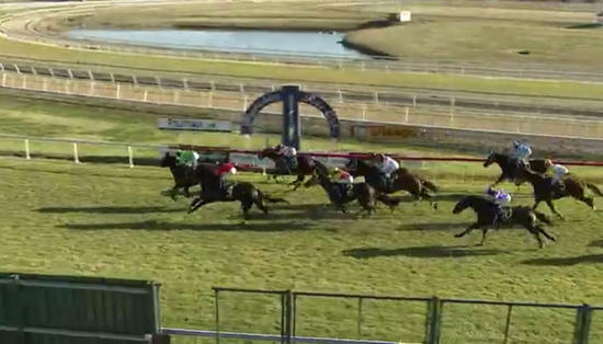 Oakfield Captain Wins Race 6 On The Hawkesbury Card