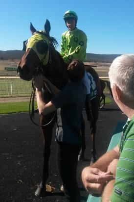 Prince Memnon wins at Goulburn 16/5/16
