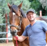 Melbourne Cup master Lloyd Williams gives Canberra trainer Todd Smart the staying bug