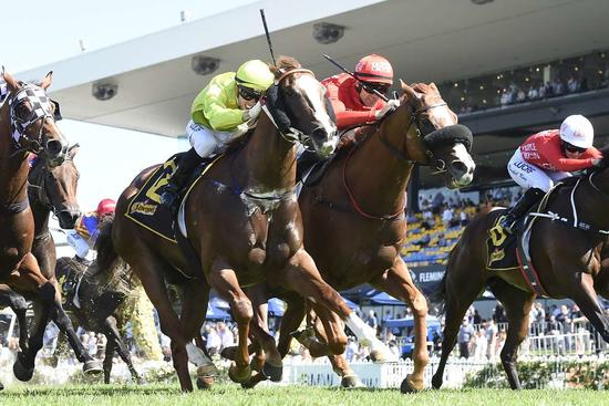 DOTHRAKI PREVAILS IN GROUP 3