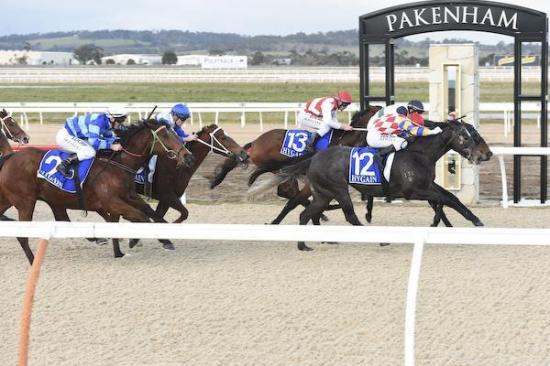 Zarzing knuckles down for tough victory at Pakenham