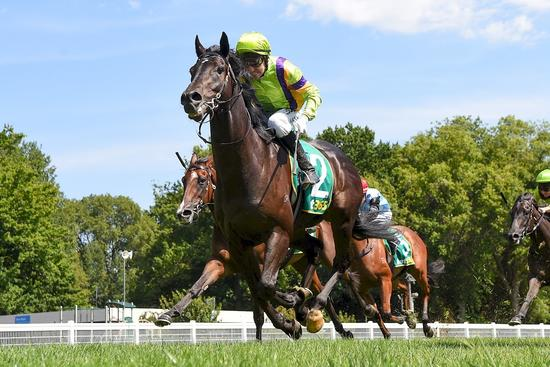 Candescence shines brightly at Kyneton