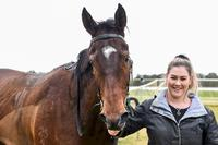 Fairy Song calls the tune at Tatura